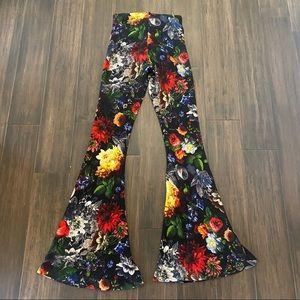Show Me Your Mumu Bam Bam Bells Floral Pants Small